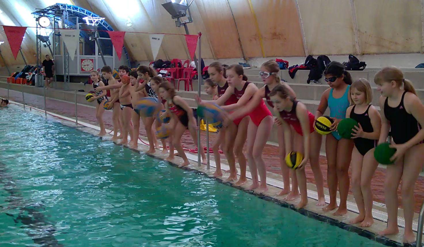 SSVE-Jugend trainiert beim Wasserball-Camp Winter 2017 am Bundesstützpunkt Stuttgart