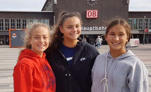 """""""Unsere Drei"""" bei der weiblichen U20 WM in Israel dabei!"""